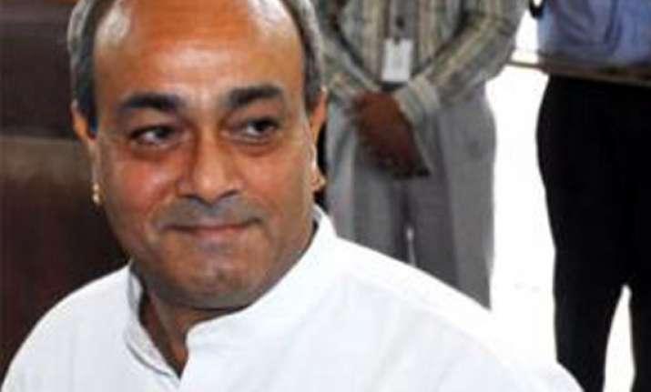 cong mp sanjay singh criticises fdi decision
