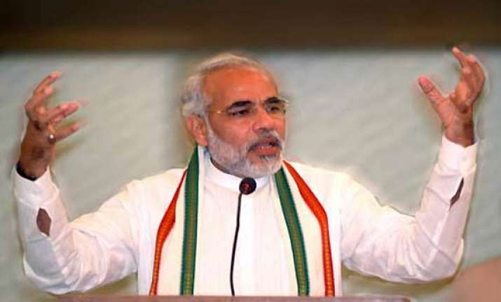 cong supporting politicians dividing the nation says modi