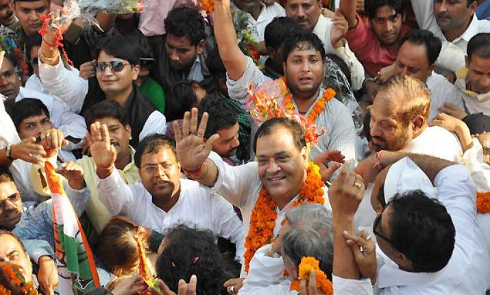 cong to form govt in uttarakhand to seek independents