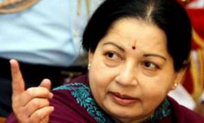 congress dmk are anti tamils says jayalalithaa