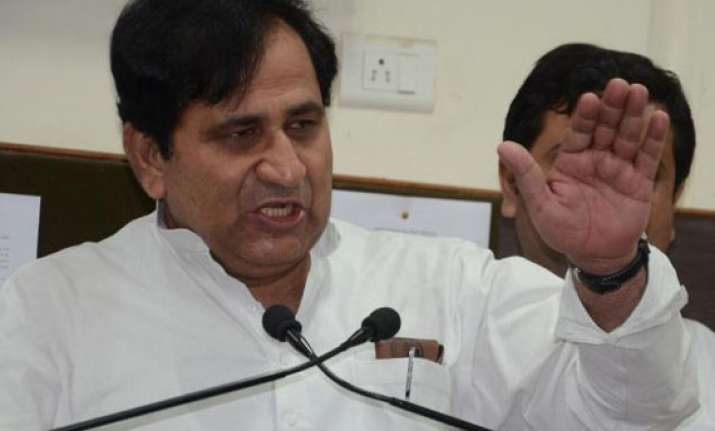 congress leader asks if pak minister s statement was to