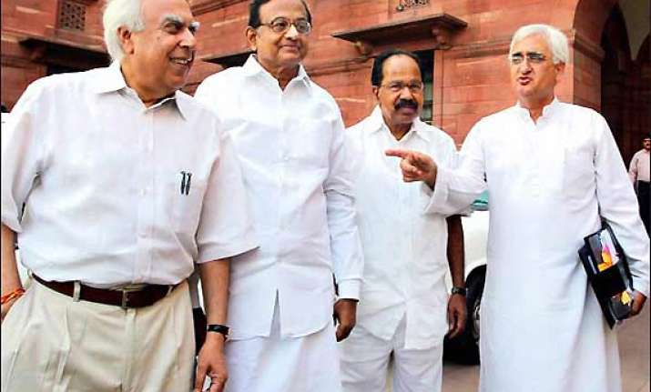 constitutional lokpal gets cabinet clearance