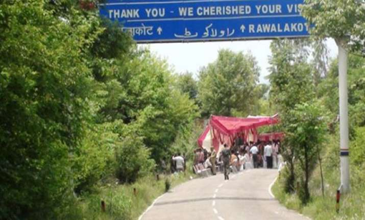 cross loc traders meet on zero point in poonch to discuss