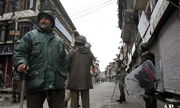 curfew imposed in parts of kashmir