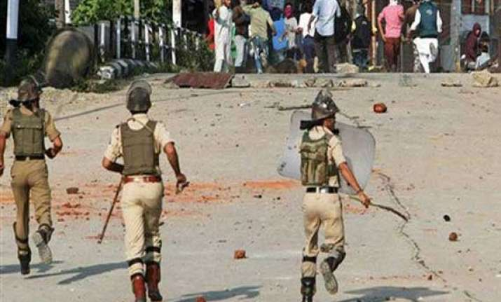 curfew imposed in mp town after clash 7 injured 33 held