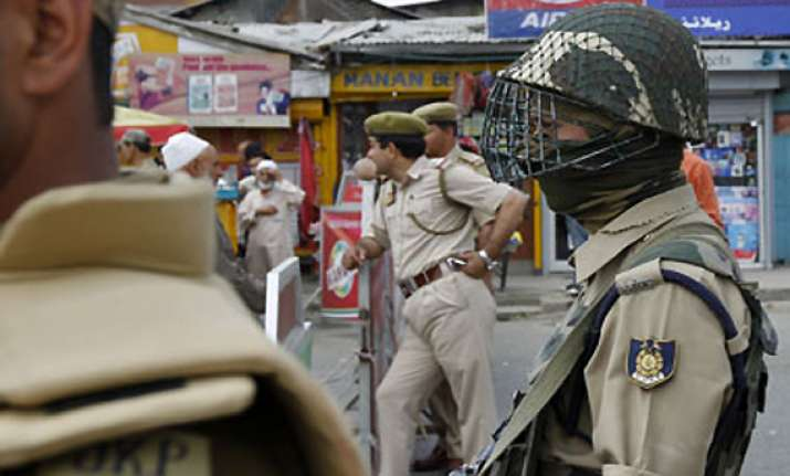 curfew continues in rajouri inter community talks initiated