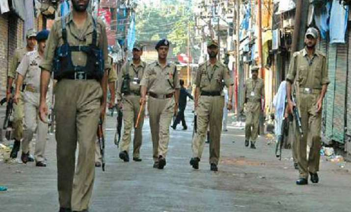 curfew in parts of srinagar after clashes
