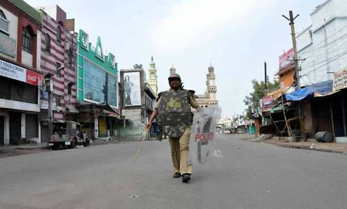 curfew like situation in old hyderabad