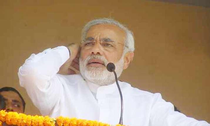cyber war unleashed ahead of gujarat polls