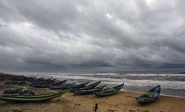 cyclonic storm thane likely to intensify