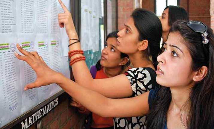 du admissions 2nd list out marginal drop in cut offs
