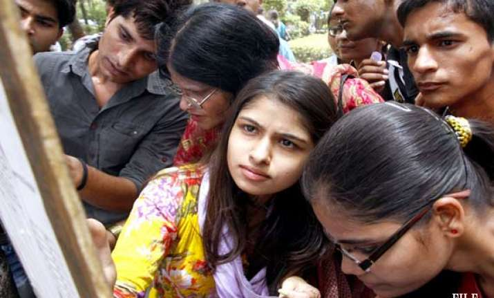 du announces 7th cut off list most colleges close admissions