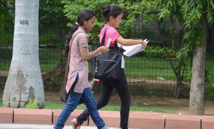 du to set up help lines to check ragging