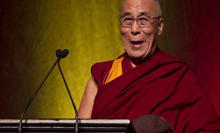 dalai lama calls for dialogues to solve problems of violence