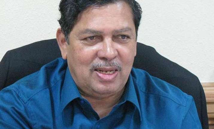 dalit representative should be a minister hegde