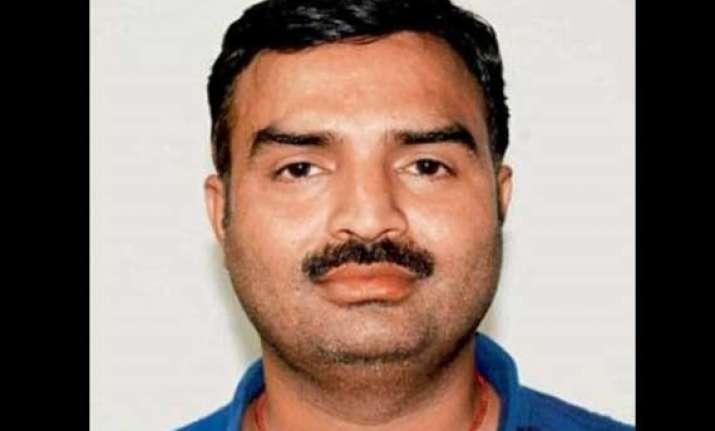 dead rti activist chandra mohan sharma caught alive