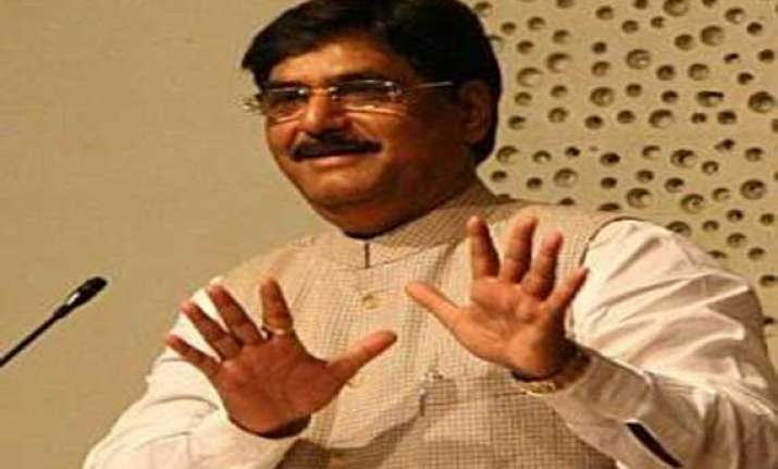 delay in payment of mnrega wages to attract punishment munde