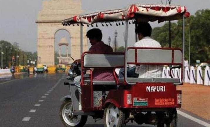 delhi hc directs to stop e rickshaws from plying till next