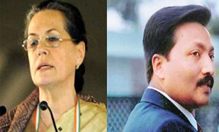 delhi hc stays trial against sonia s former aide vincent