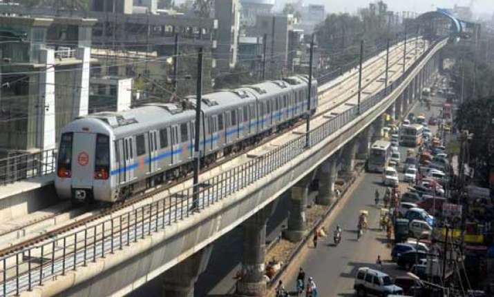delhi metro a boon for delhi The pink line (पिंक लाइन) is a line of the delhi metro, a rapid transit system in delhi, indiait comes under the delhi metro phase iii network it consists of 38 metro stations from majlis park to shiv vihar, both in north delhi.