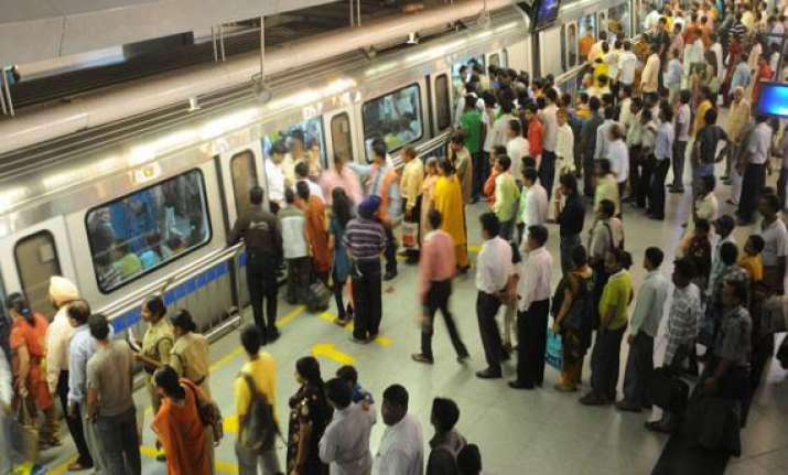 delhi metro records highest ridership of nearly 26 lakh