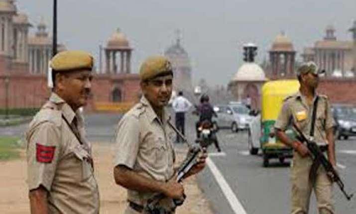 delhi police to set up centre to analyze social media