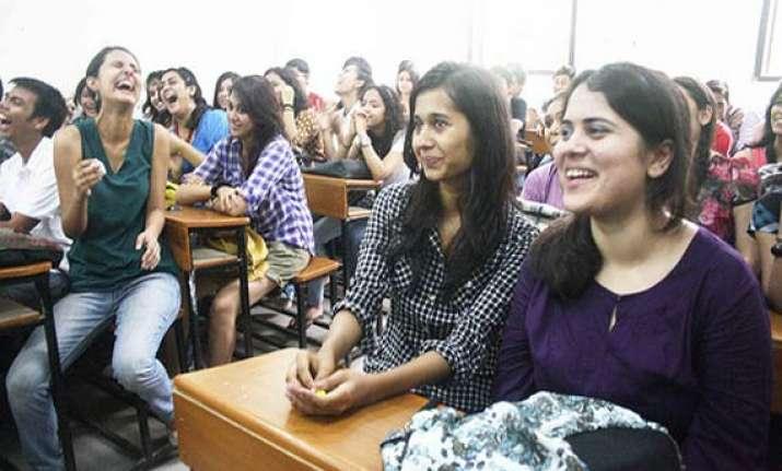 delhi university new session begins after fyup episode