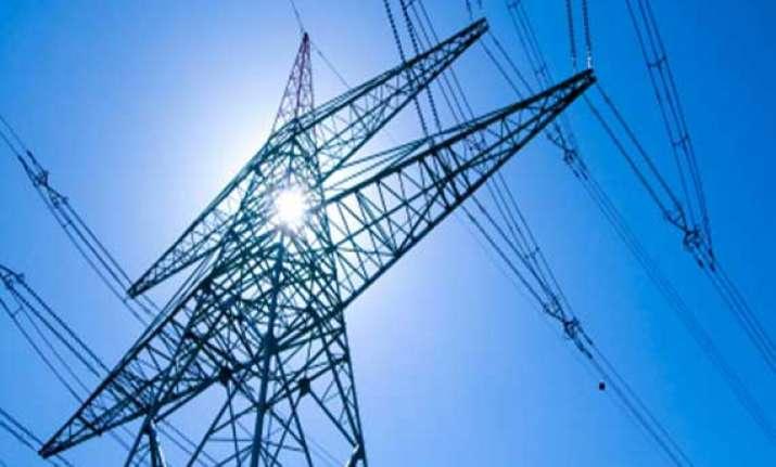delhi s power demand touches season s highest of 5 528 mw