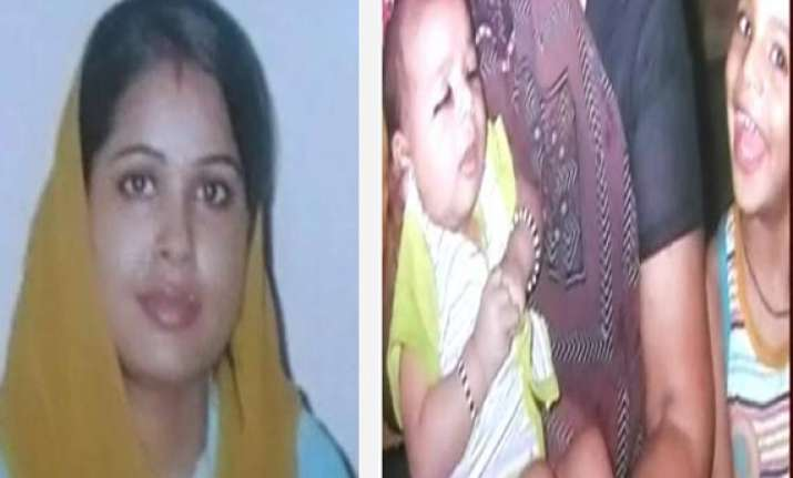 delhi woman hangs herself after drowning both her children
