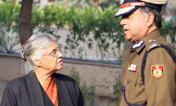 delhi women scared of going to police stations dikshit