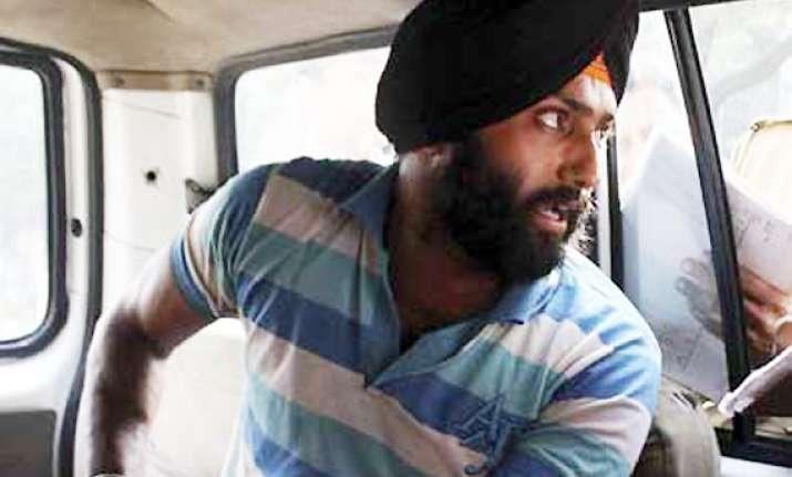 delhi court refuses bail to pawar slapper harvinder
