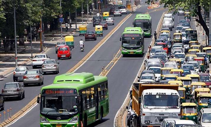 delhi hc orders reopening of brt corridor for all vehicles