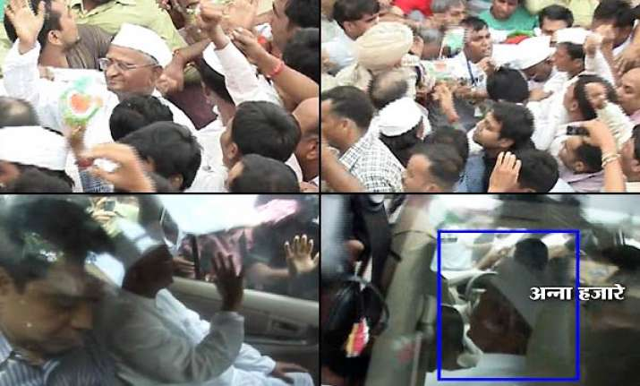 anna close aides arrested sent to tihar