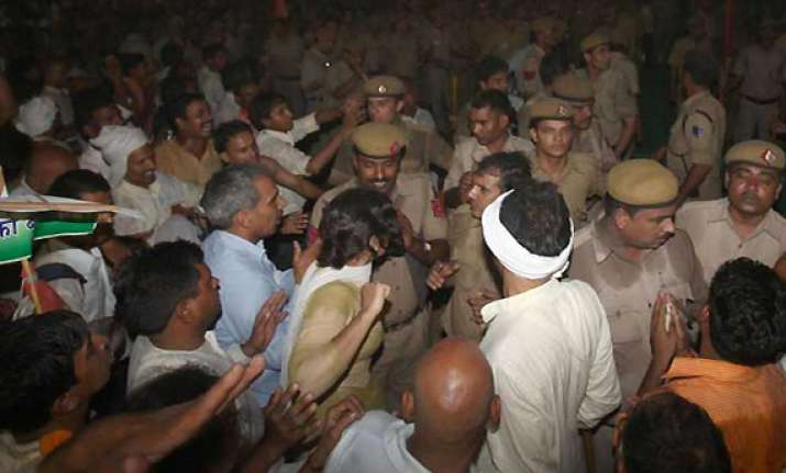 delhi police tells sc ramdev created the mess for midnight