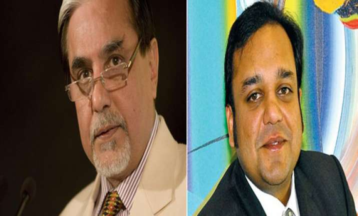 delhi police questions zee owner subhash chandra punit