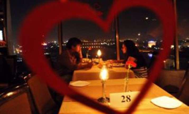 delhiites celebrate valentine s day sena corporator weds in