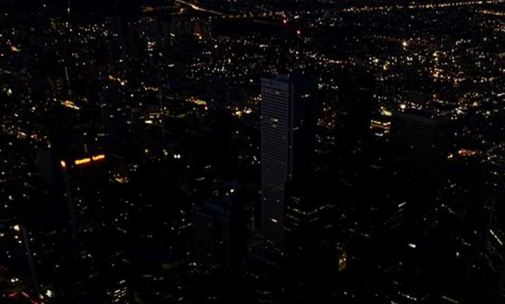 india switch off lights to mark earth hour