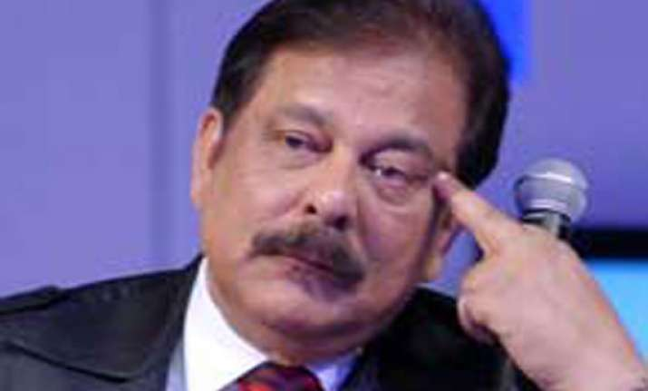 deposit rs.10 000 crore for subrata s release sc to sahara