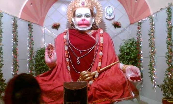devotees throng temples on first bada mangal in up