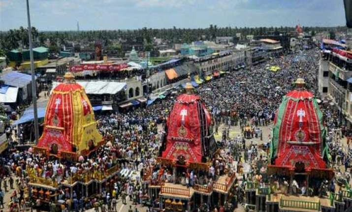 devotees throng puri as jagannath return festival begins