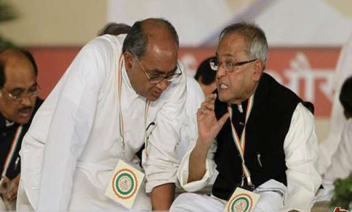 bugging congress distances itself from digvijay remarks