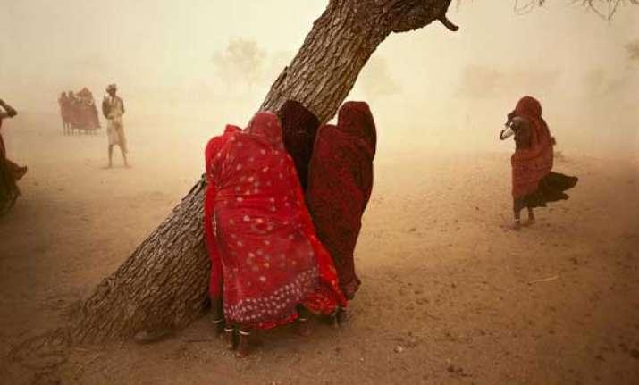 dust storm kills 18 in uttar pradesh