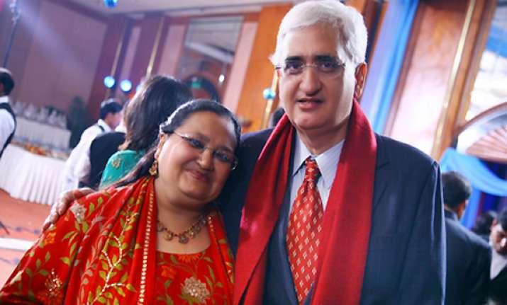 ec sends notice to khurshid wife over muslim quota promise