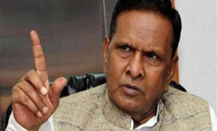 ec to issue notice to beni prasad over sub quota remarks
