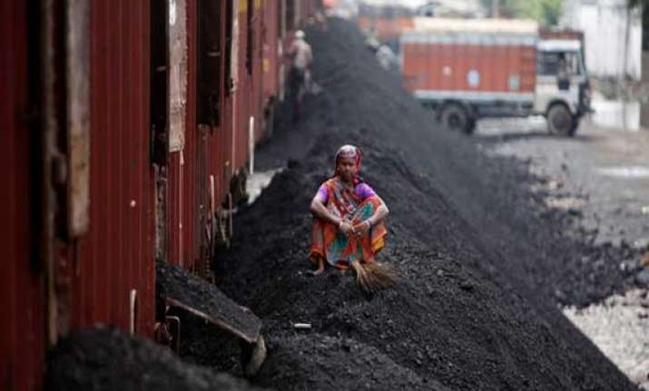efforts on to expedite rail projects for coal movement