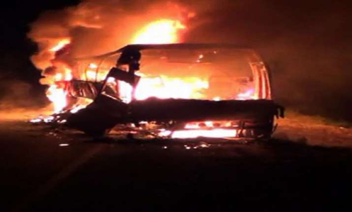eight dead in maharashtra bus blaze