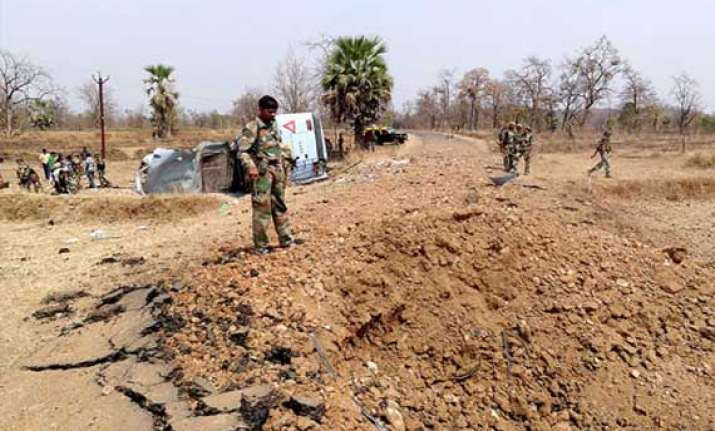eight killed in landmine blast in jharkhand