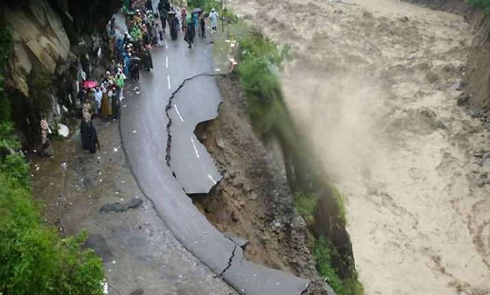 eight lakh may die if magnitude 8 quake hits himalaya region