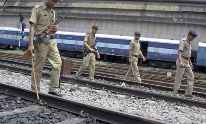 eight live bombs recovered in bihar