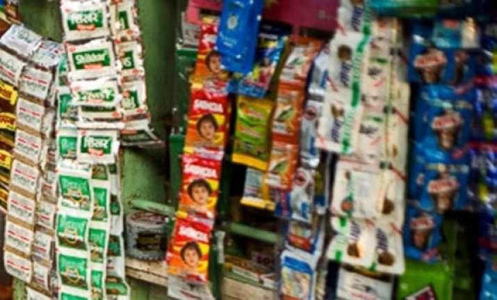 enforce tobacco ad regulations at shops sc tells centre